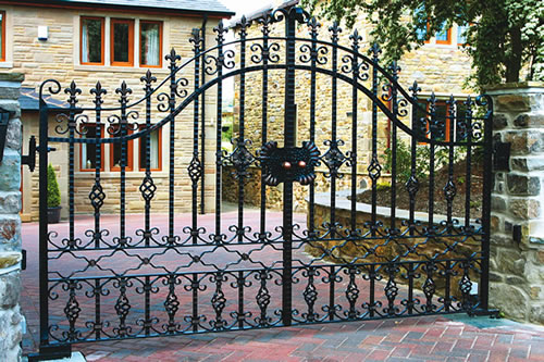 Ornamental Welding : Wrought Iron Gates